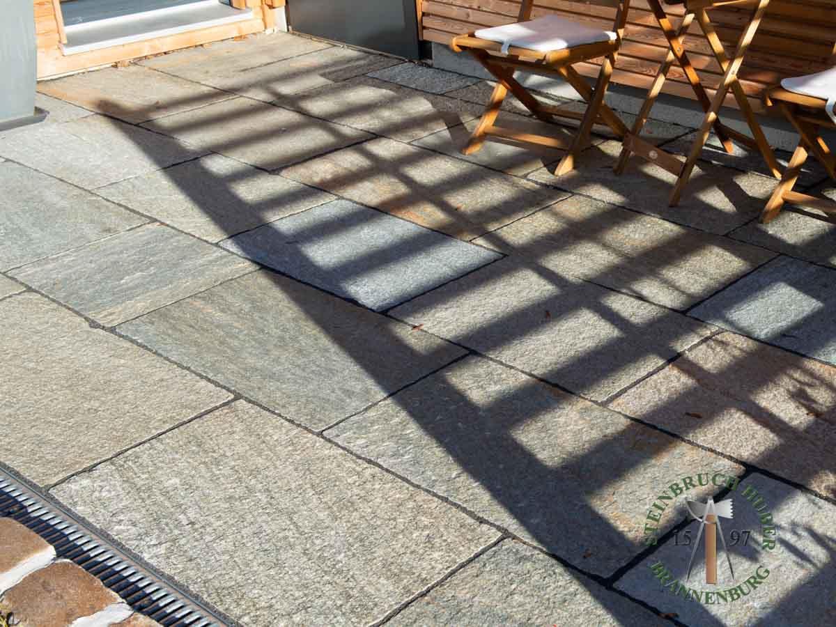 Bodenplatten - Gneis Bodenplatten San Marino 50-70 - Bpl-00042-06_01 - Steinbruch Huber