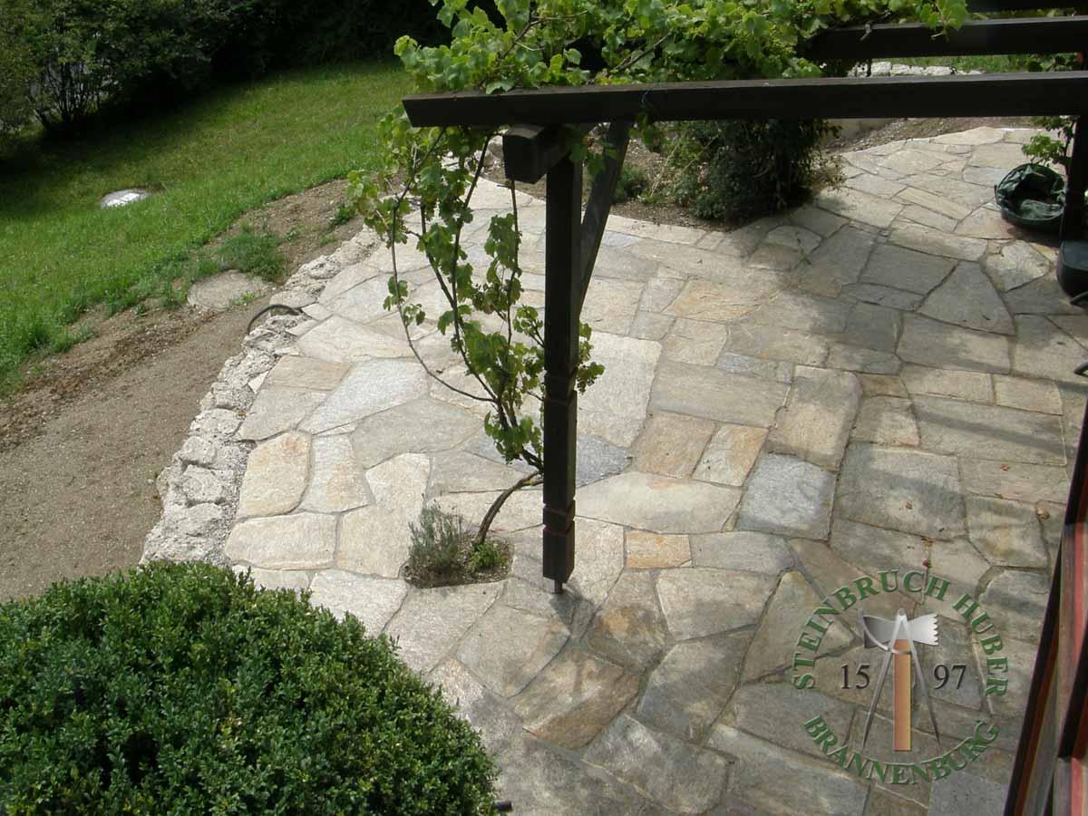 Bodenplatten - Gneis Trittplatten Amalfi P-XL - 03027-05_03 - Steinbruch Huber