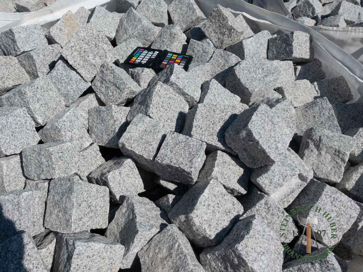 Kleinpflaster 8/11 - Granit Pflastersteine grau-hell - 00074_01 - Steinbruch Huber