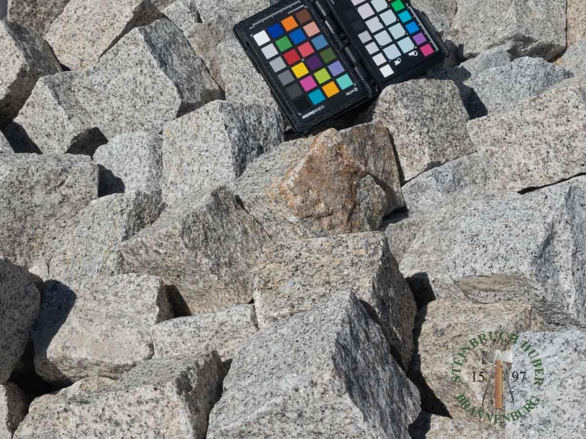 Kleinpflaster 8/11 - Granit Pflastersteine graugelb - 00076_02 - Steinbruch Huber