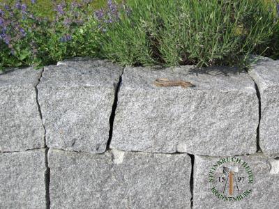 Mauersteine - Granit Mauerstein BayGranit R-20 - 00141_02T - Steinbruch Huber
