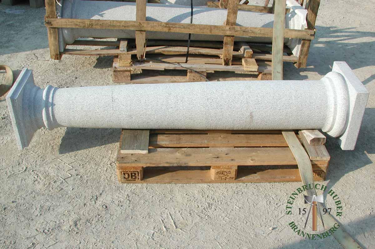 Pfeiler, Säulen - Granit Säulen - Saeu-02_03 - Steinbruch Huber
