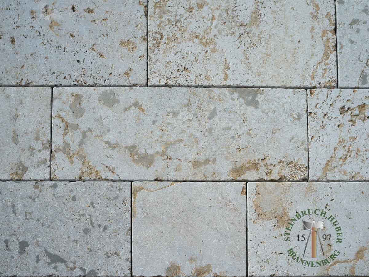 Bodenplatten - Muschelkalk Bahnen antik graubraun - Bpl-00155-19_01 - Steinbruch Huber