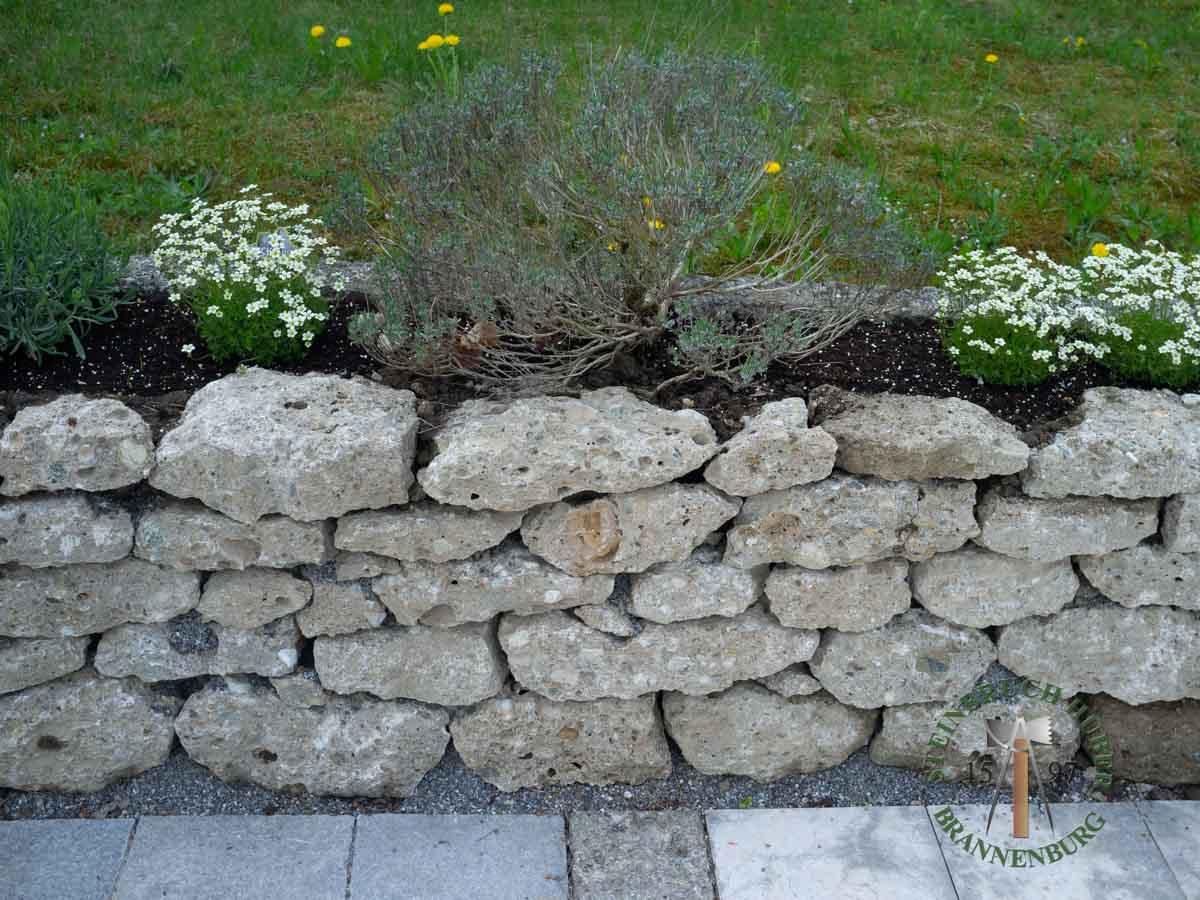 Mauersteine - Nagelfluh Mauersteine Petersberg F - 00014_03 - Steinbruch Huber