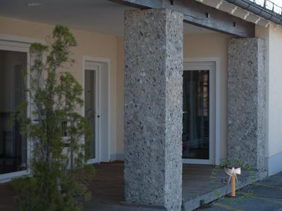Pfeiler, Säulen - Nagelfluh Pfeiler - Saeu-01_03T - Steinbruch Huber