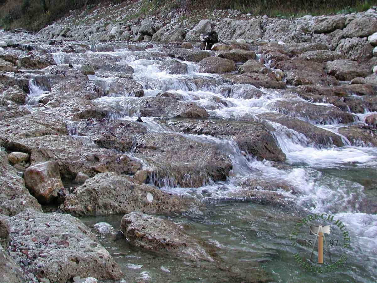 Wasserbausteine - Nagelfluh Wasserbausteine - 00001_02 - Steinbruch Huber